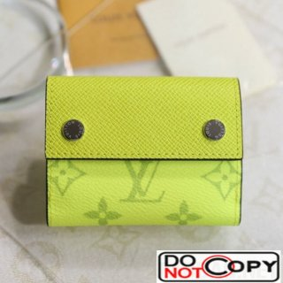 Louis Vuitton Discovery Compact Wallet M67629 Lime Green bag