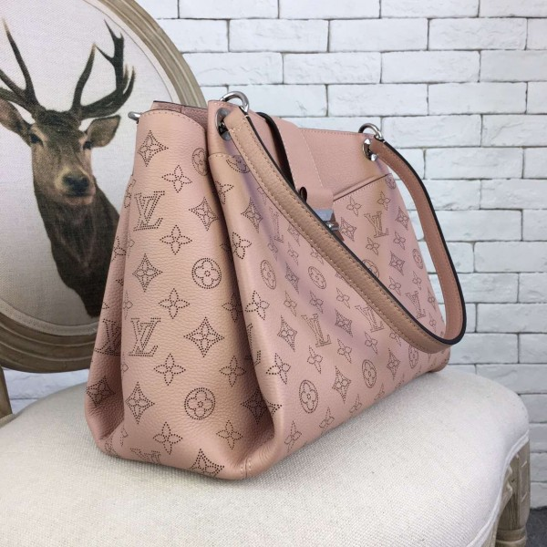 Louis Vuitton Sevres Bag Mahina Leather M41789 bag