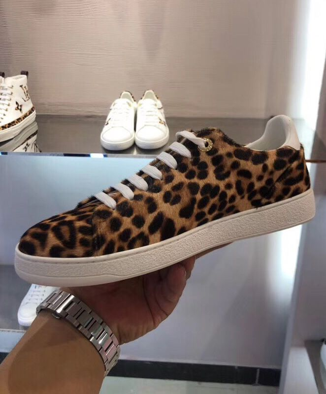 Louis Vuitton Womens Frontrow Sneaker 1A5NQK Coffee